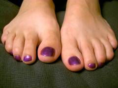 The purple toenails